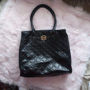 Tommy Hilfiger Large BlackQuilted Shoulder Bag
